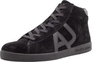Buty sportowe Armani Jeans sznurowane w młodzieżowym stylu z zamszu