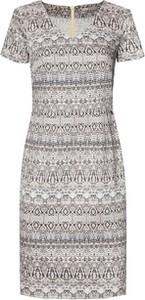 Sukienka Moda Su mini z krótkim rękawem