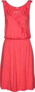 Czerwona sukienka bonprix bpc selection bez rękawów trapezowa