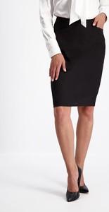 Czarna spódnica Lavard z tkaniny