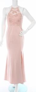 Różowa sukienka Ax Paris dopasowana