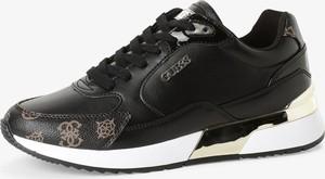 Czarne buty sportowe Guess w sportowym stylu z płaską podeszwą z tkaniny