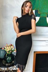Czarna sukienka Ivet.pl midi z okrągłym dekoltem