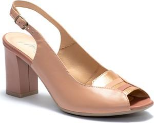 Sandały Marco Shoes na obcasie na średnim obcasie