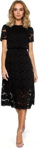 Czarna sukienka Merg rozkloszowana z krótkim rękawem midi