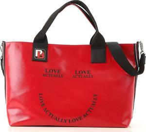 5be59471e78c5 torebka czerwono czarna. Czerwona torebka Pinko duża. Torebka Pinko w  młodzieżowym stylu na ramię