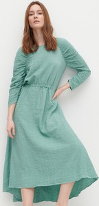 Zielona sukienka Reserved w stylu casual z tkaniny midi