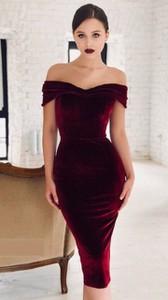 Czerwona sukienka noshame.pl midi