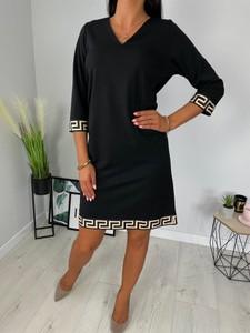 Czarna sukienka ModnaKiecka.pl z dekoltem w kształcie litery v w stylu casual z długim rękawem