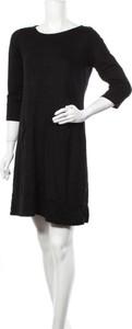Sukienka Betty Barclay z długim rękawem mini