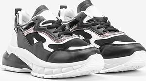 Czarne buty sportowe Gemre.com.pl z płaską podeszwą
