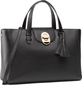 Czarna torebka Trussardi z frędzlami do ręki