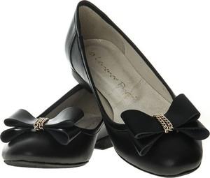 Czarne baleriny Lafemmeshoes w stylu casual ze skóry