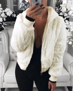 Kendallme Pluszowy płaszcz ze sztucznego futra królika kurtka biały