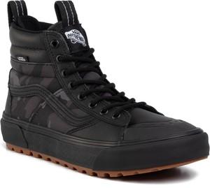 Czarne buty zimowe Vans
