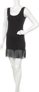 Czarna sukienka Kontatto z okrągłym dekoltem
