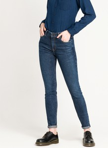Jeansy Lee w stylu casual