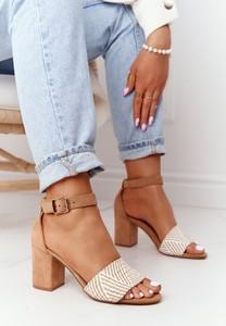 Sandały Eve z klamrami