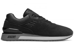 Czarne buty New Balance w sportowym stylu sznurowane
