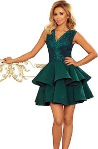 Zielona sukienka NUMOCO mini z dekoltem w kształcie litery v bez rękawów