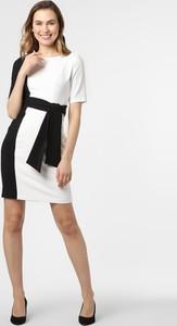 Sukienka S.Oliver Black Label prosta z krótkim rękawem