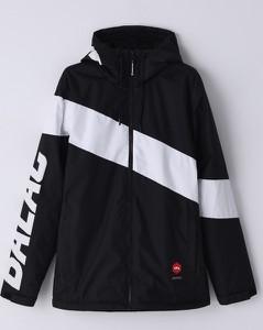 Czarna kurtka Cropp w sportowym stylu
