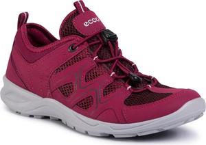 Różowe buty trekkingowe eobuwie.pl z płaską podeszwą