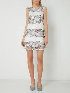 ac4ffcb665 wzory sukienek z koronki - stylowo i modnie z Allani