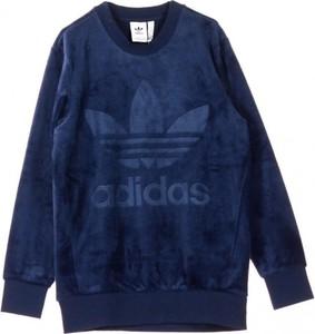 Niebieska bluza Adidas w młodzieżowym stylu z jedwabiu