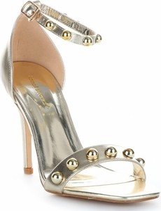 Srebrne szpilki Ideal Shoes na wysokim obcasie na szpilce