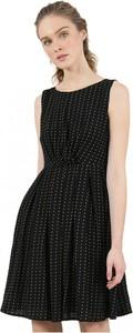Czarna sukienka MOLLY BRACKEN bez rękawów rozkloszowana mini