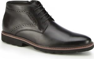 Czarne buty zimowe Wittchen ze skóry sznurowane