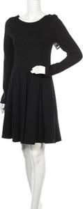Czarna sukienka Karen by Simonsen z długim rękawem mini