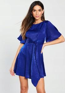 Niebieska sukienka V by Very z satyny z okrągłym dekoltem mini