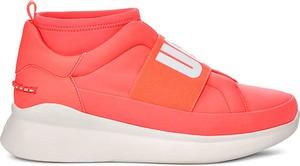 Czerwone buty sportowe UGG Australia