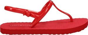 Sandały Tommy Hilfiger z klamrami z płaską podeszwą