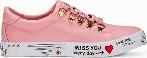 Larica różowe trampki z napisami lr185