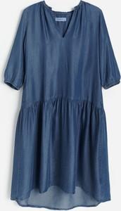 Granatowa sukienka Reserved