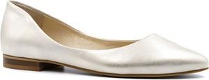 Baleriny Neścior w stylu klasycznym z płaską podeszwą