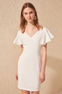 Sukienka Trendyol mini ołówkowa