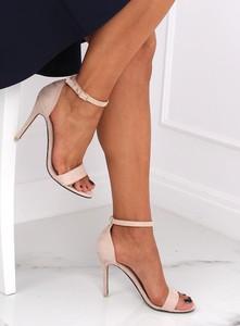 Sandały Buty Damskie z klamrami