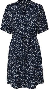 Sukienka Selected Femme w stylu casual z dekoltem w kształcie litery v mini