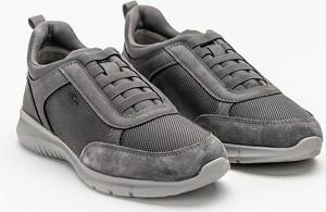 Buty sportowe Geox sznurowane w sportowym stylu