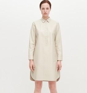 Sukienka Reserved z kołnierzykiem w stylu casual