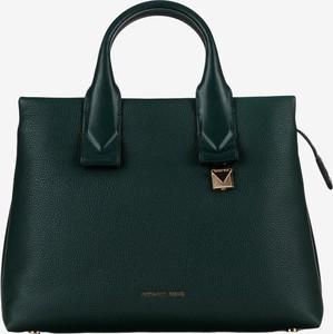 75a3245ce5d99 Czarne torebki kuferki bez dodatków Michael Kors, kolekcja wiosna 2019