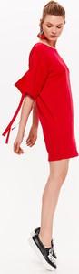 Sukienka Drywash z okrągłym dekoltem oversize w stylu casual