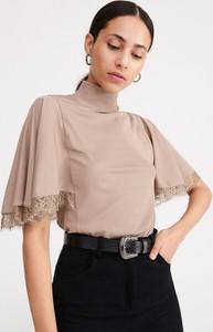 Bluzka Reserved z krótkim rękawem w stylu boho