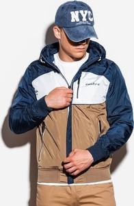 Brązowa kurtka Ombre w młodzieżowym stylu
