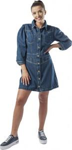 Niebieska sukienka Guess z jeansu koszulowa w stylu casual