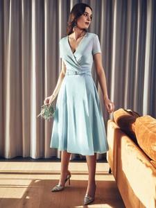 Turkusowa sukienka POTIS & VERSO z krótkim rękawem z dekoltem w kształcie litery v